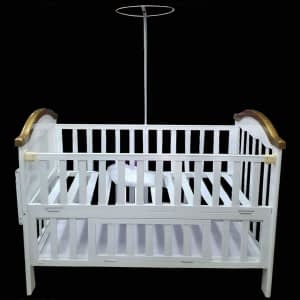 Baby bed crib with net golden edges